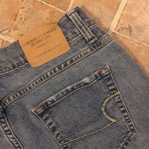 American Eagle Outfitters Jeans - American Eagle Vintage cropped jeans size women 4
